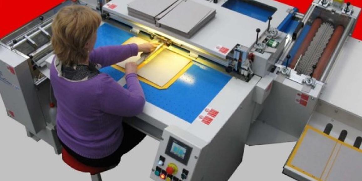 DARIX EVOLUTION LIGHT Semi-Automatic Case Maker